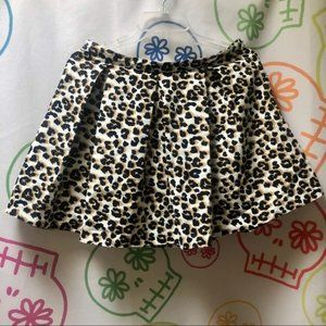 "NWT Forever 21 Leopard Lined Skirt Size L 30"" 🖤"